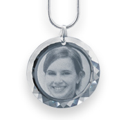 O Medalhão de cristal