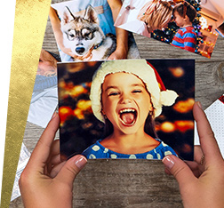 Photo print with child wearing santa hat