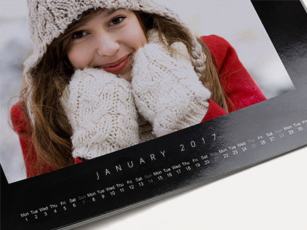 gloss effect on square calendar