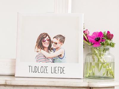 Retro canvas met foto van moeder en kind