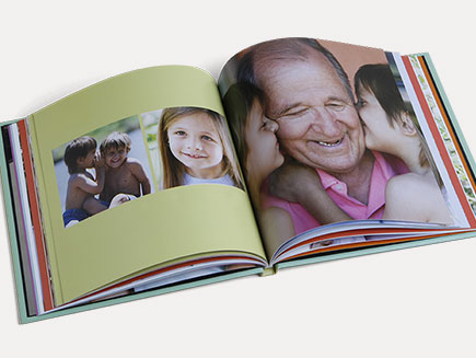 Personalised design of photo album