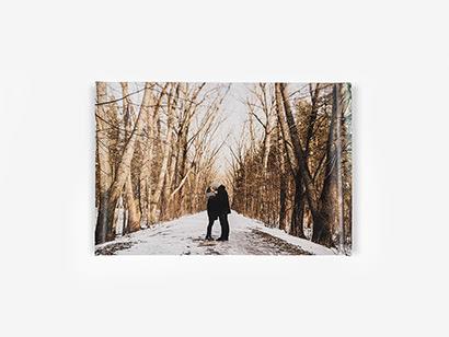 0f2ca8db70 Tus mejores fotos en un gran formato que dará una nota de color a cualquier  rincón de tu casa. Seguro que tu idea encaja en un póster personalizado  Hofmann.
